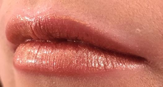 Bite Champagne Pearl Lips