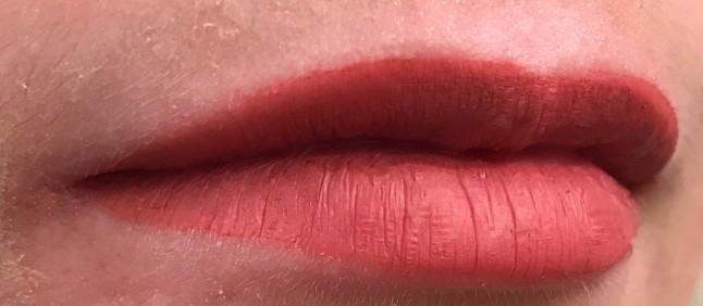 KVD Double Dare Lips